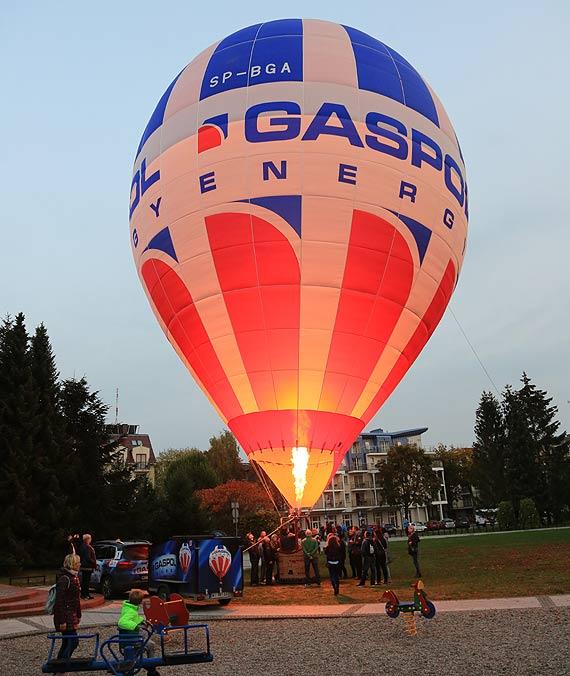 Balonowy zawrót głowy! Będzie okazja do obejrzenia z góry wschodów i zachodów słońca. Zobacz film!