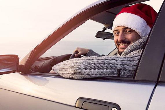 10 prezentów dla zmotoryzowanych – co podarować kierowcom na święta?