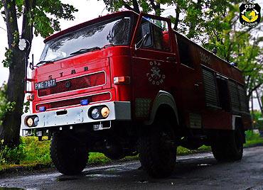 """""""Maniek"""" wóz strażacki GBA Star 244 przekazany przez OSP Lusowo na aukcję WOŚP"""