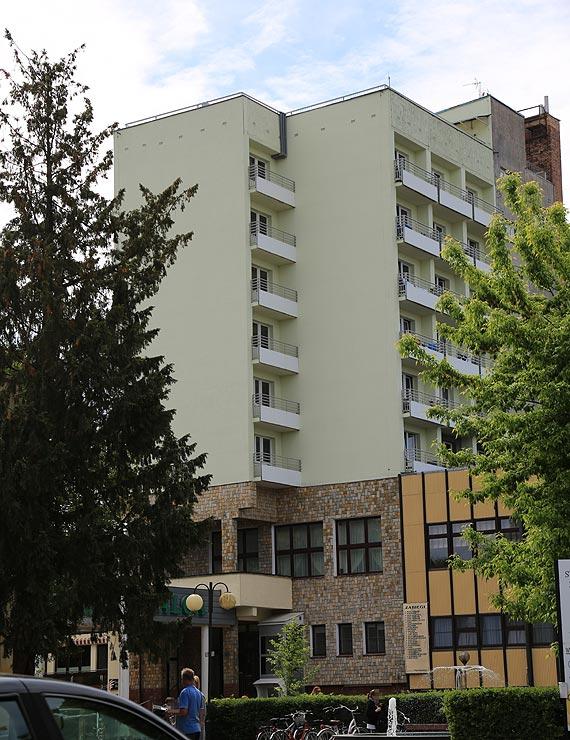 Samobójczy skok z wysokiego piętra jednego z hoteli