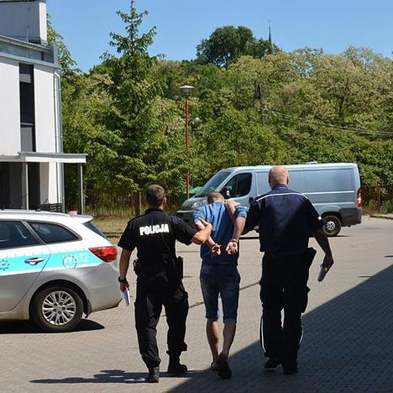 30- letni mieszkaniec Polic wywołał fałszywy alarm bombowy!