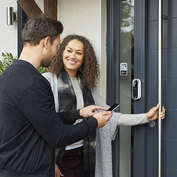 Jak zmieniały się zabezpieczenia naszych domów na przestrzeni lat?