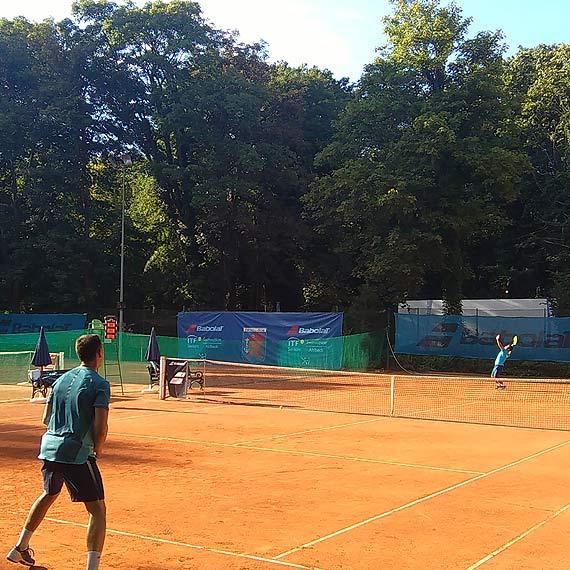 Jesteś zainteresowany grą w tenisa? Masz możliwość zagrać w Indywidualnej Lidze Tenisowej!