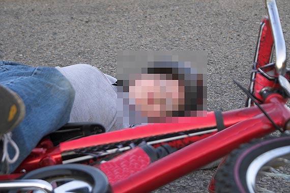 12-letni rowerzysta z wkręconą w szprychy ręką - pomogli mu strażacy