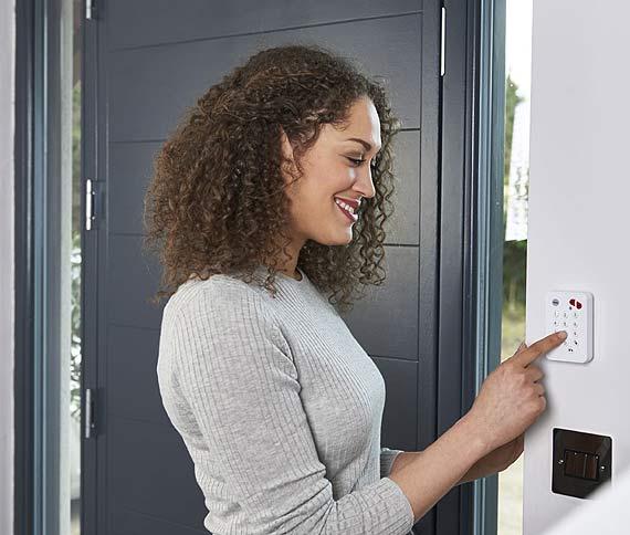 Inteligentna ochrona domu – zapewni ją Zestaw Smartphone Alarm lite SR-2100i