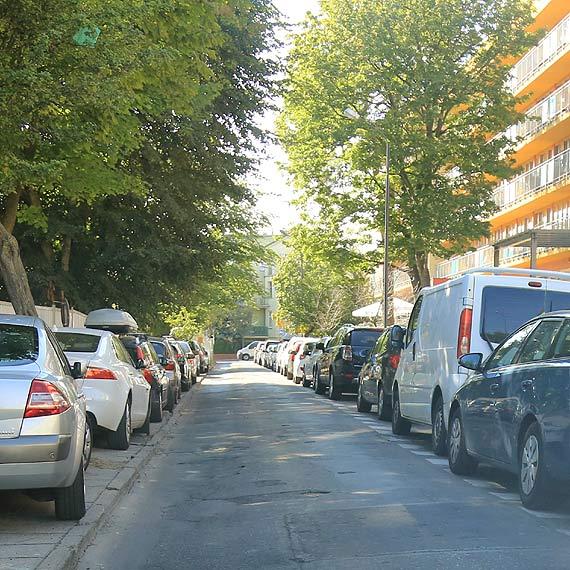 Czytelnik: Dlaczego ciągle się męczę przymusową jazdą ulicą Kasprowicza? Jakaś klątwa się zrobiła przy przeróbkach!