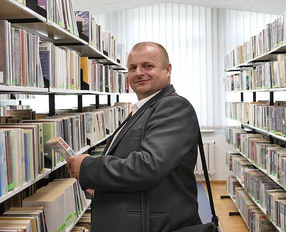 Ławki Niepodległości – radny Jacek Jurkiewicz proponuje lekcję lokalnej historii