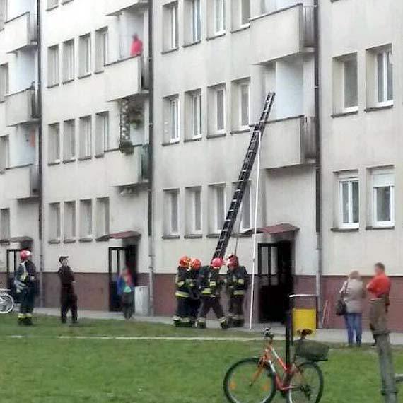 Wezwano straż pożarną: W mieszkaniu znajdują się zwłoki!