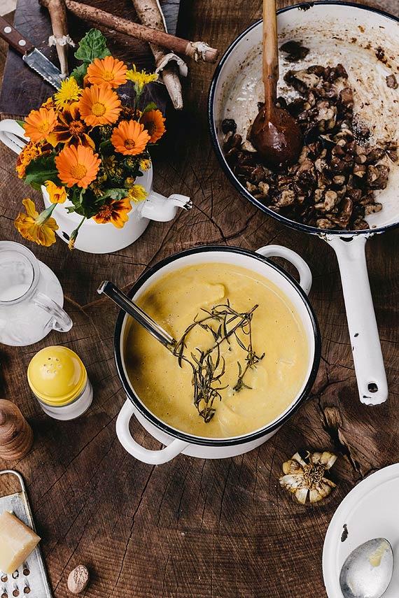 Gałka muszkatołowa – królowa jesiennej kuchni