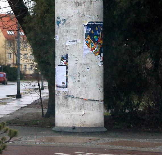 Czytelnik: Przy rondzie Róży Wiatrów zerwano plakaty WOŚP!