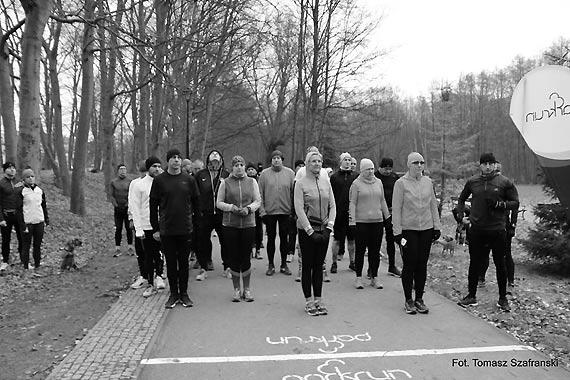 Biegacze minutą ciszy uczcili pamięć Prezydenta Gdańska