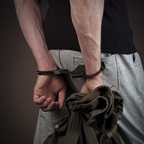 3 miesiące aresztu za posiadanie i handel narkotykami