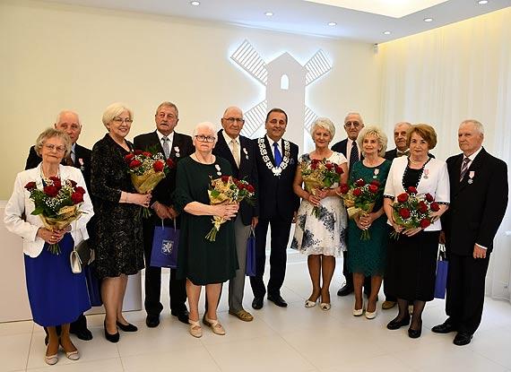 Kwiaty i najlepsze życzenia dla Jubilatów