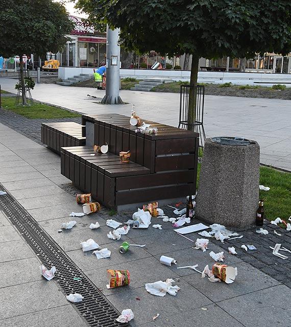 Turyści zawsze śmiecą - nie tylko w Międzyzdrojach, ale na całym świecie