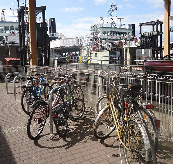 W mieście stanie kolejne 100 stojaków na rowery