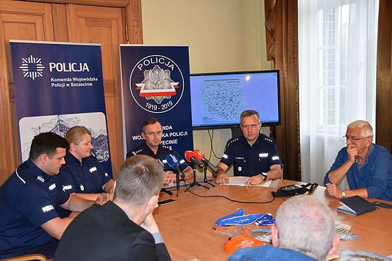 Briefing prasowy - podsumowanie pracy policjantów w czasie wakacji 2019