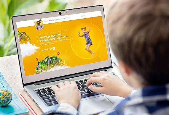 Internet źródłem wiedzy –  jak zadbać o bezpieczeństwo dziecka w sieci?