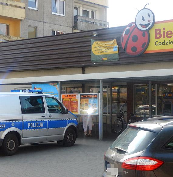 Nieporozumienie między ochroną sklepu a klientem rozstrzygnęli policjanci