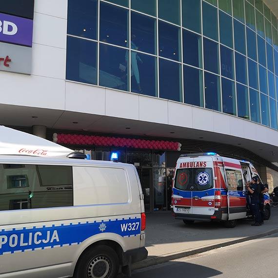 15-latką, która zasłabła, zajęli się ratownicy medyczni