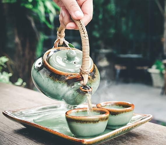 Herbata zero waste, czyli drugie życie herbacianych listków