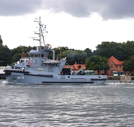 Holownik H-11 Bolko wypłynął na morze