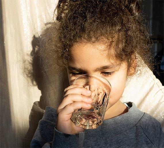 Pracujesz lub uczysz się zdalnie Pij wodę z kranu