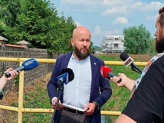 Wody Polskie: apelujemy do urzędu miasta o regulacje przepustów drogowych w mieście. Bez tego choćby same Krzekowo czekają kolejne powodzie