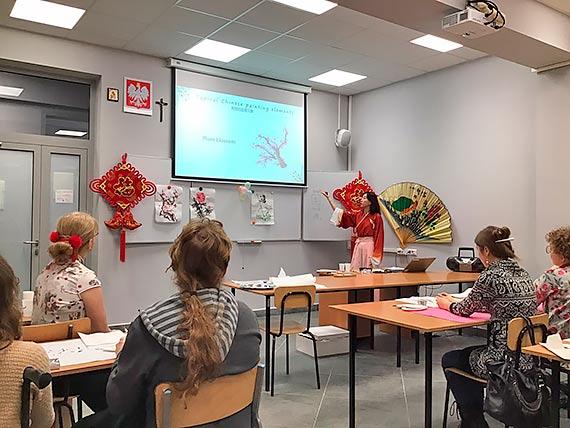 Międzynarodowy egzamin znajomości j.chińskiego oraz kursy językowe na Politechnice Białostockiej